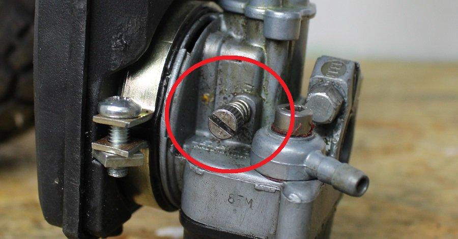 Standgas einstellen Schraube